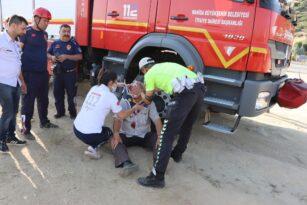 30 metrelik dereye uçan araç sürücüsü ağır yaralı