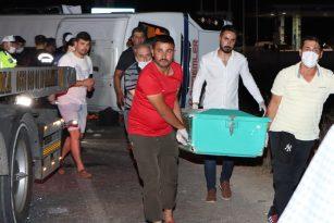 Salihlide meydana gelen işçi servisi kazasında 4 öldü, 6 yaralı
