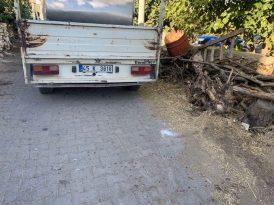 Süt toplama kamyonetinin çarptığı yaşlı kadın ağır yaralandı